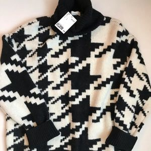 H&M Houndstooth Turtleneck Chunky Sweater
